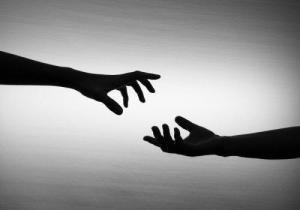 adicción y ayuda manos